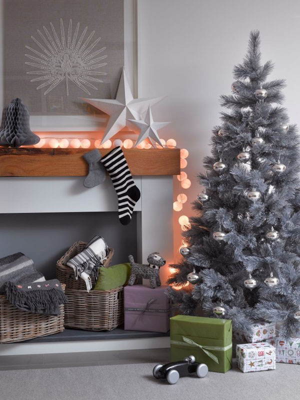give gray touches to your dcor with this contemporary christmas decoration idea its perfect for people who are not much into colors you can use gray