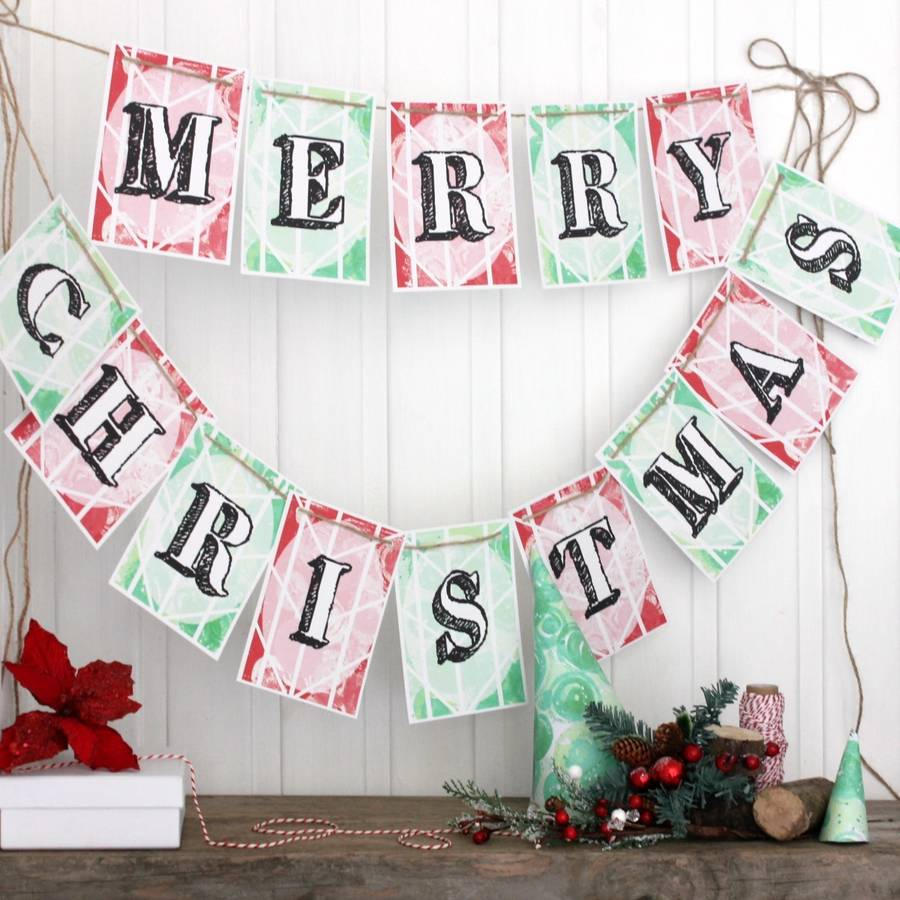 Contemporary christmas decoration ideas - Decorate Your House Or Office Party With His Lovely Merry Christmas Bunting It Features Green And Red Pennants Spelling Out Merry Christmas