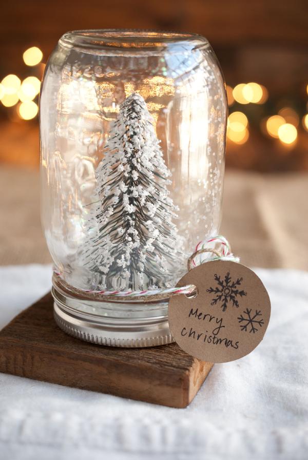 Mason Jar Snow Globe & Stunning Glass Christmas Decoration Ideas - Christmas Celebration ...