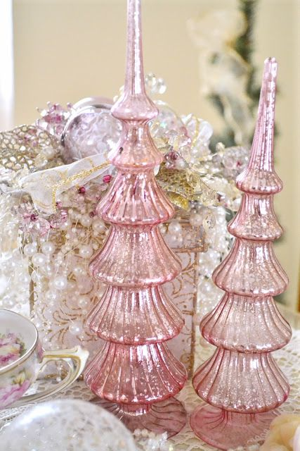 Tired Cake Stand Christmas Decoration Ideas