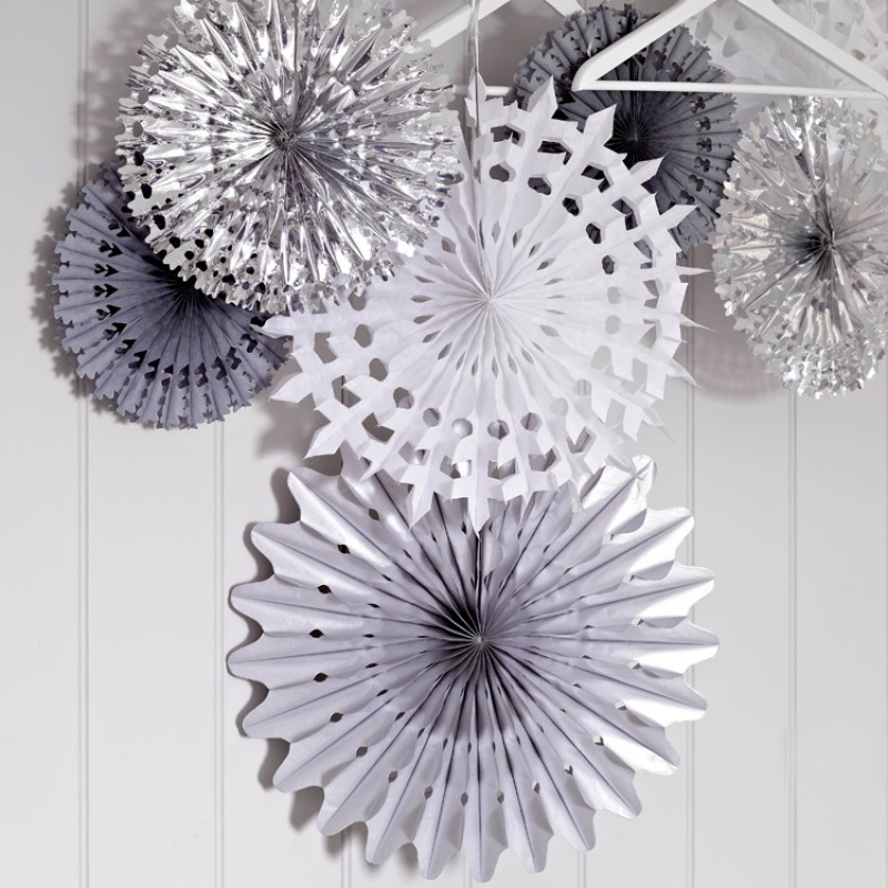 hanging snowflakes - Christmas Hanging Decorations