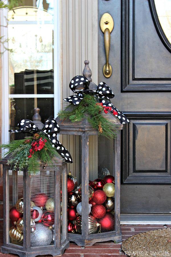 Extraordinary Stand Up Christmas Decoration Ideas