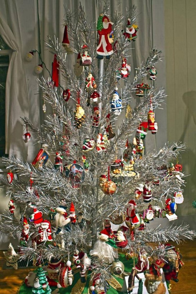 30 gorgeous aluminum christmas tree decoration ideas