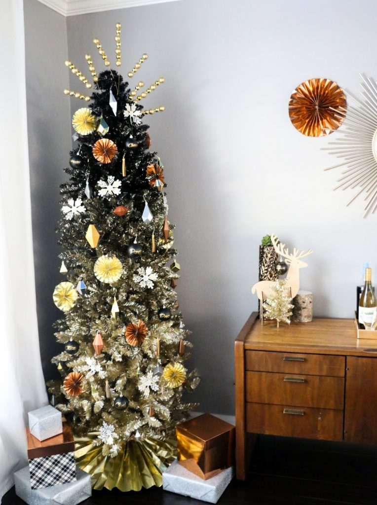 Silver Gold And White Christmas Tree