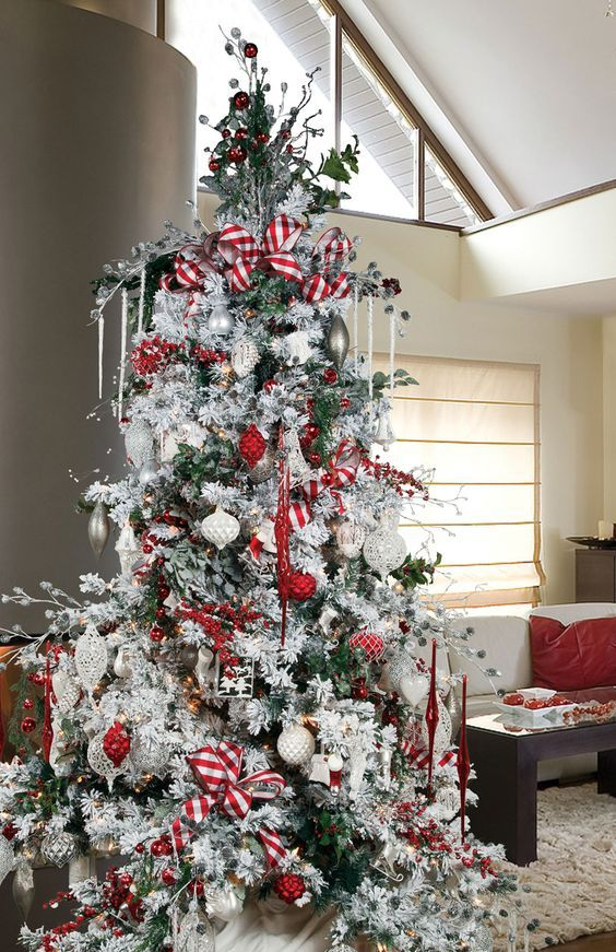 flocked christmas tree decoration ideas - Decorated Flocked Christmas Trees