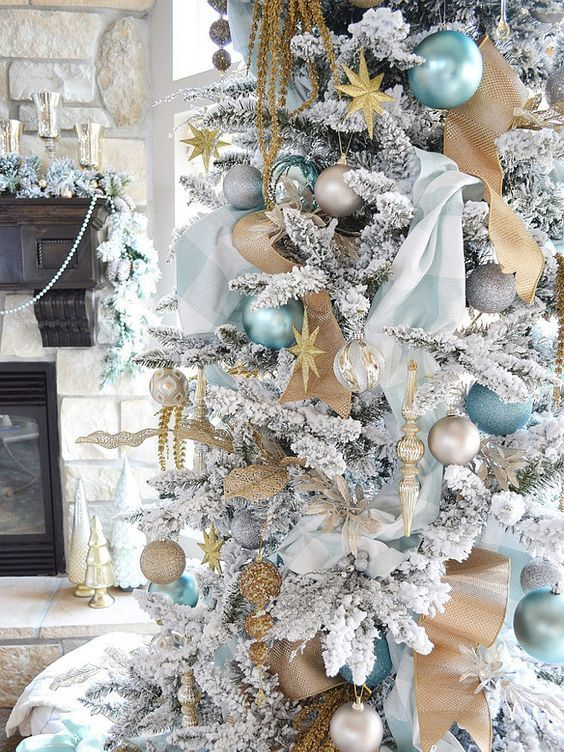 white and gold flocked christmas tree decoration ideas