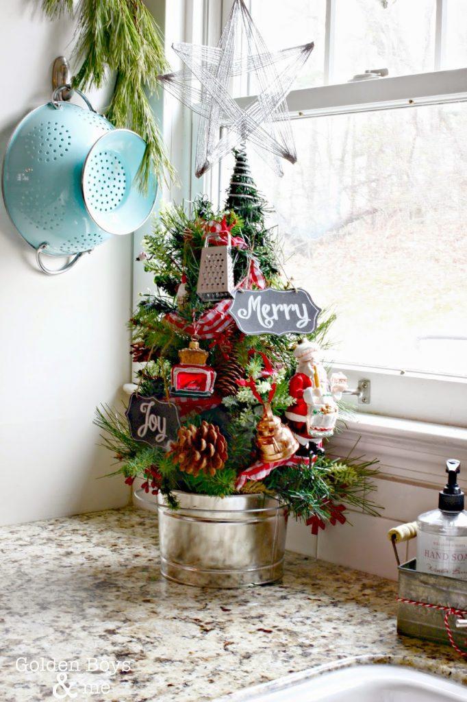 Mini Christmas Trees Decoration Ideas