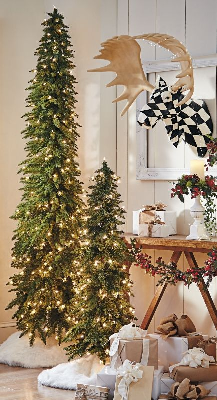 slim christmas tree decorating ideas - Decorating A Pencil Christmas Tree