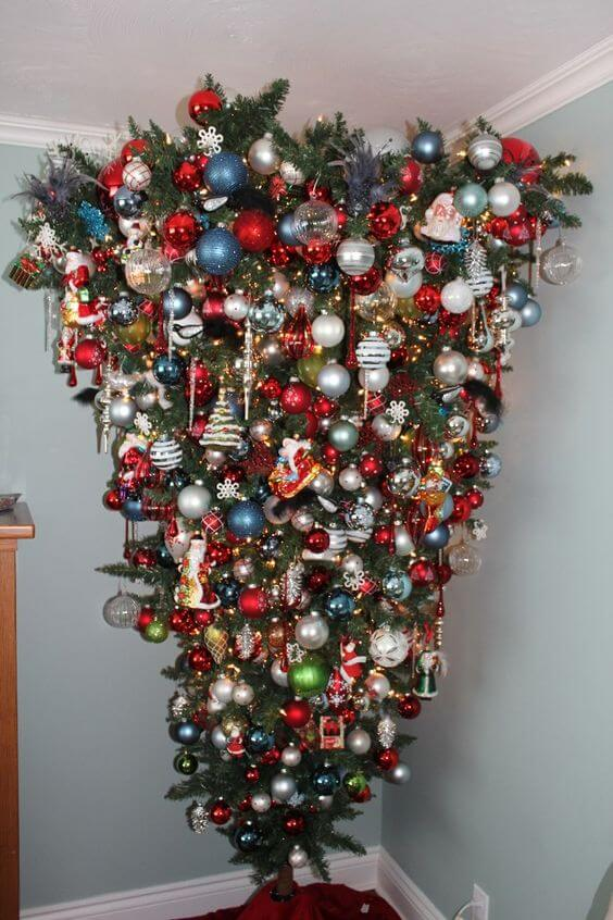 30 Beautiful Upside Down Christmas Tree Ideas - Christmas ...