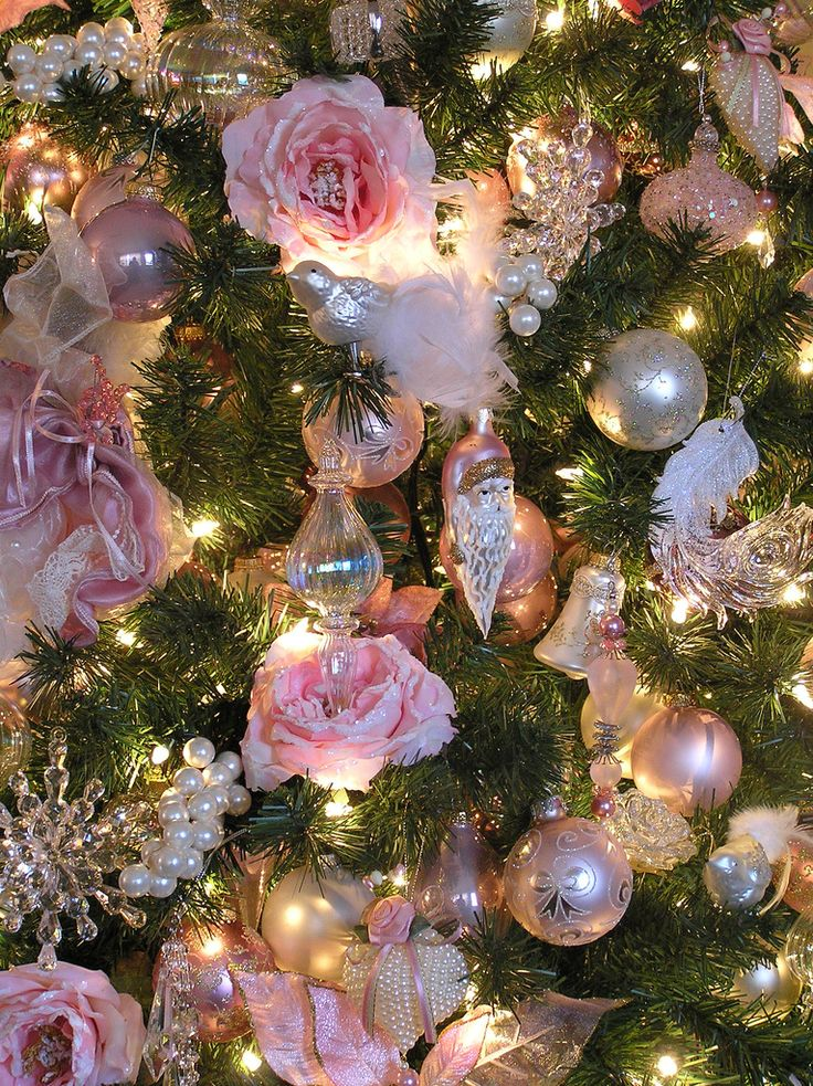 make use of flowers - Pink Christmas Tree Decorations