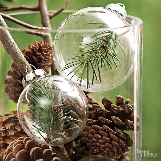 Pinecone Centerpiece: