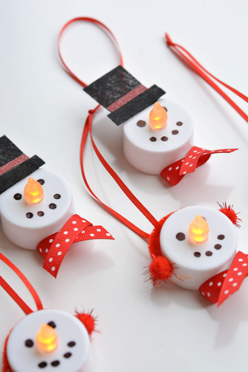 These Tealight Snowman Ornaments Are Perfect For Young Ones To Make During Christmas Kids Party Alternatively You Can Do This Craft At Home