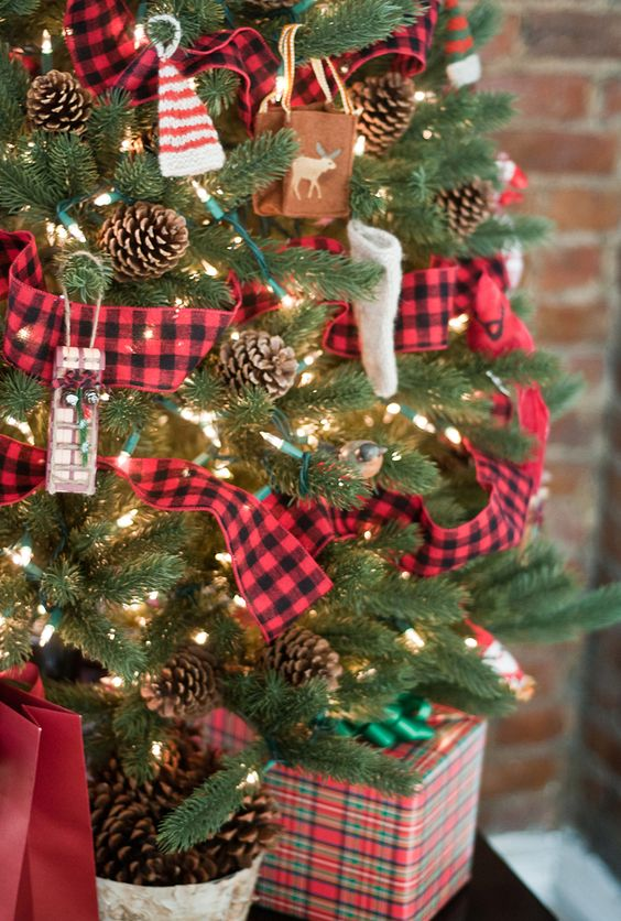 plaid ribbons look absolutely amazing when youre incorporating a rustic or countryside christmas theme to your dcor heres a small sized tabletop tree - Plaid Christmas Tree Decorations
