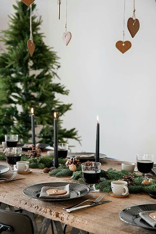 Black And Wood & Top Christmas Table Settings \u2013 Christmas Celebration \u2013 All about ...