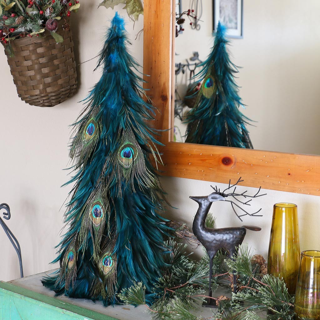 30 Magical Feather Christmas Tree Decoration Ideas