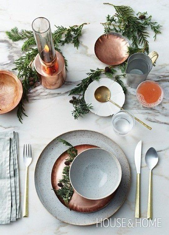 Modern Christmas Table Setting Ideas