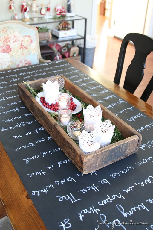 Lovely ... Interesting Christmas Table Setting Ideas In Our Opinion. All You Need  To Do Is Create A List Of Everything Youu0027re Grateful For On A Chalkboard  Runner.