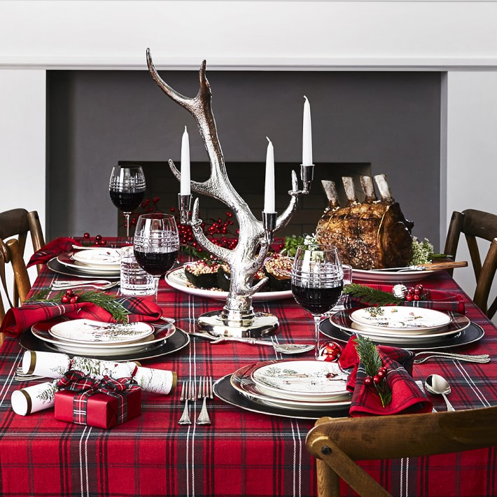 Make Your House Bright Beautiful And Slightly Rustic With This Warm Cozy Tartan Plaid Tablecloth Has Been A Favorite Since The Victorian Era
