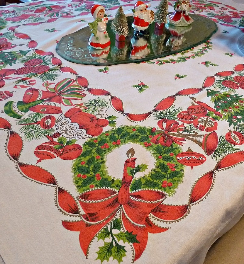 This Christmas Tablecloth Is Sure To Make The Jaw Drop White Features Almost All Elements Of Right From Tree