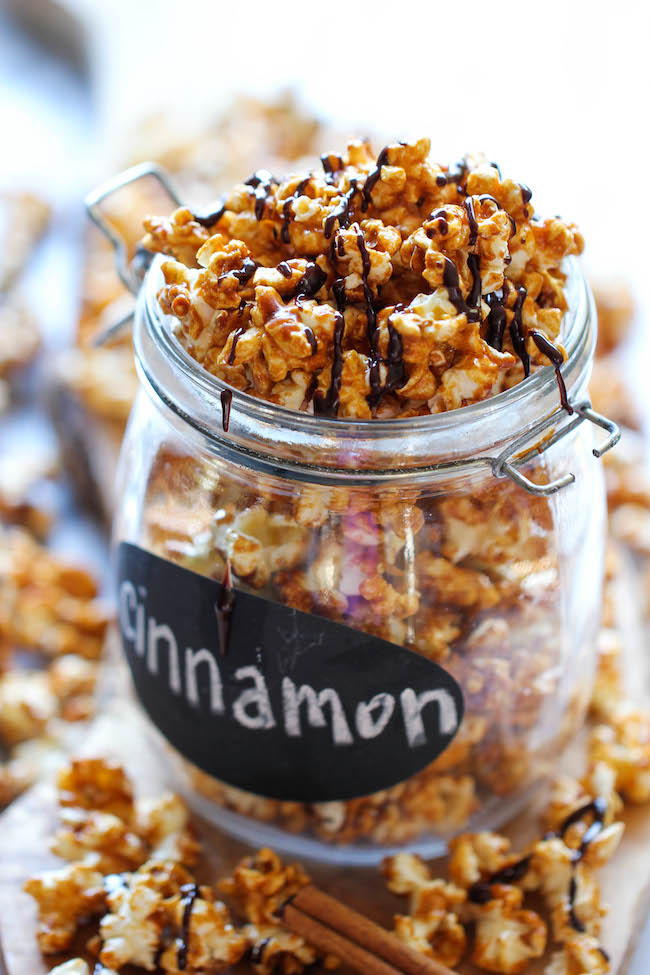 cinnamon roll caramel corn