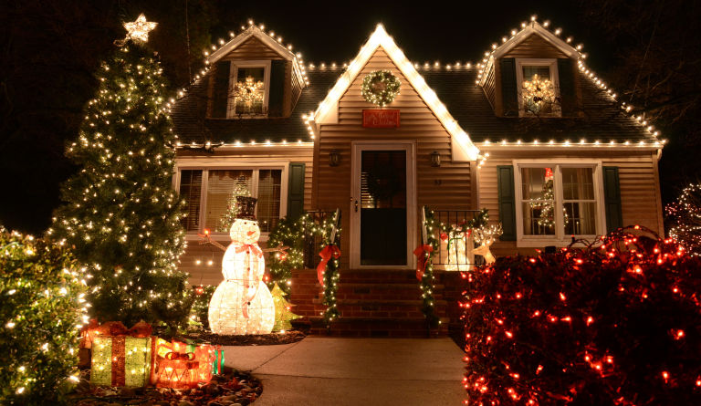 Outdoor christmas light decoration ideas christmas celebration create a magical atmosphere around your house by placing a prelit frosty the snowman in your yard and dont stop at that you can even wrap your trees and mozeypictures Choice Image
