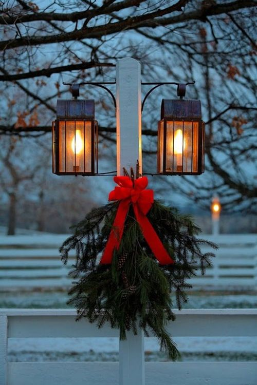 outdoor christmas light decoration ideas - Christmas Lamp Post Decoration Ideas