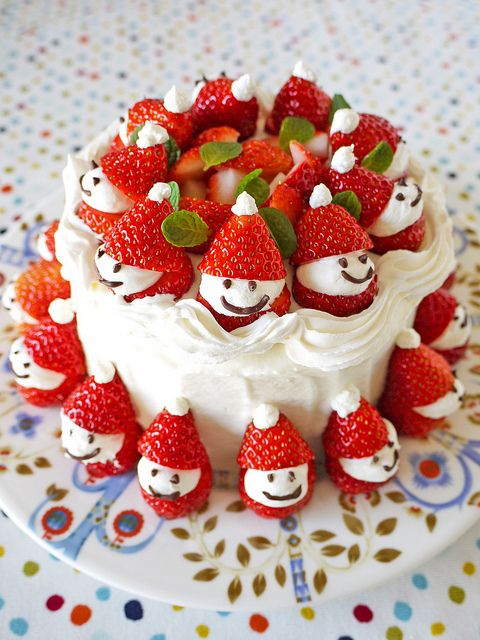 best-strawberry-cake-for-christmas