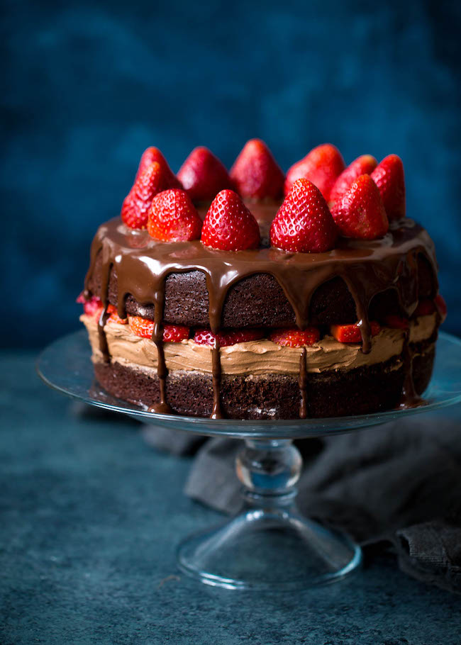 best-strawberry-cake-for-christmas