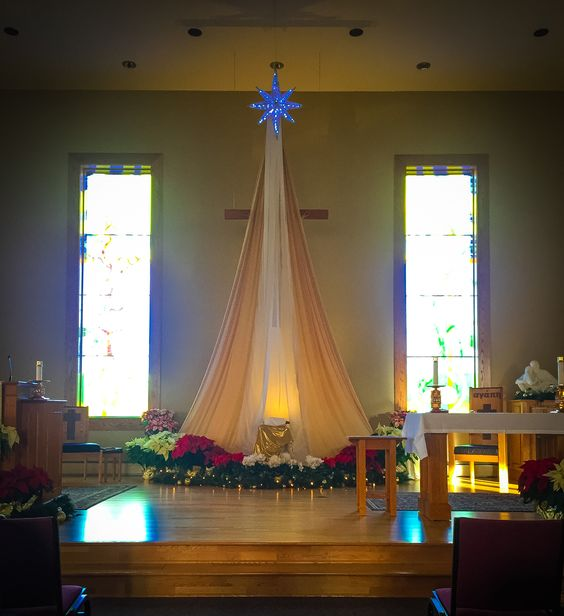 30+ Church Christmas Decorations Ideas and Images ...