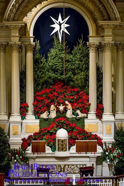 30 Church Christmas Decorations Ideas