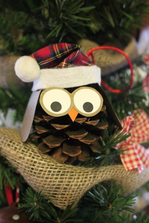 an owl in the christmas tree - Homemade Pine Cone Christmas Decorations