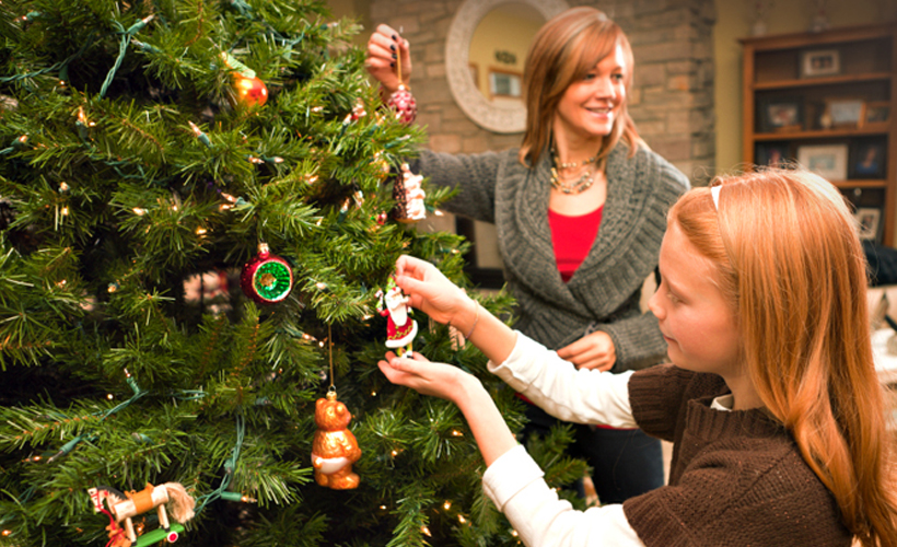 decorate the christmas tree decoration games