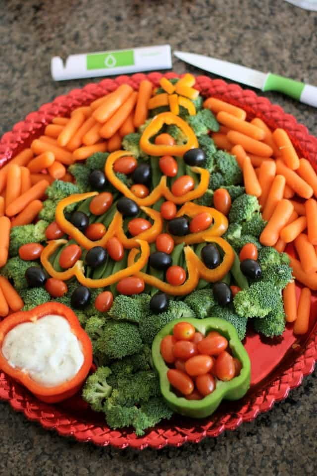 Christmas Veggie Tray.31 Stupendous Christmas Platter Ideas Christmas