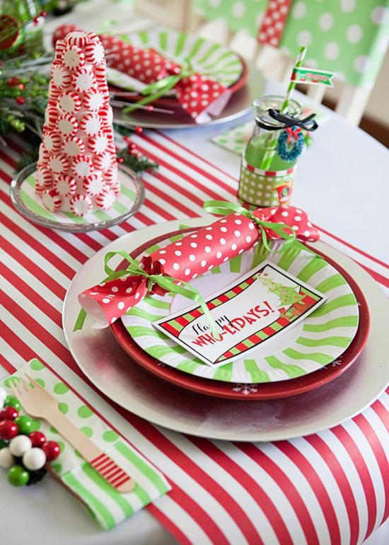 do you have some green red and white paper plates left over from the kids party how about some wooden cutlery wood is a christmas tradition - Childrens Christmas Party Decoration Ideas