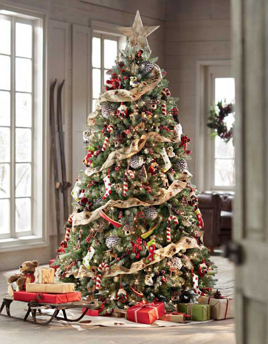 another elegant christmas tree that will truly wow your guests or anyone who got to see your christmas tree display decorated with burlap ribbons