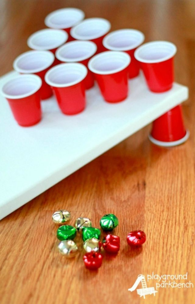 Adorable Jingle Bells Tossing Game