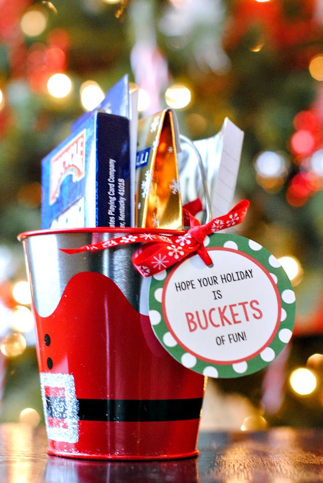 Christmas Gift Basket Theme
