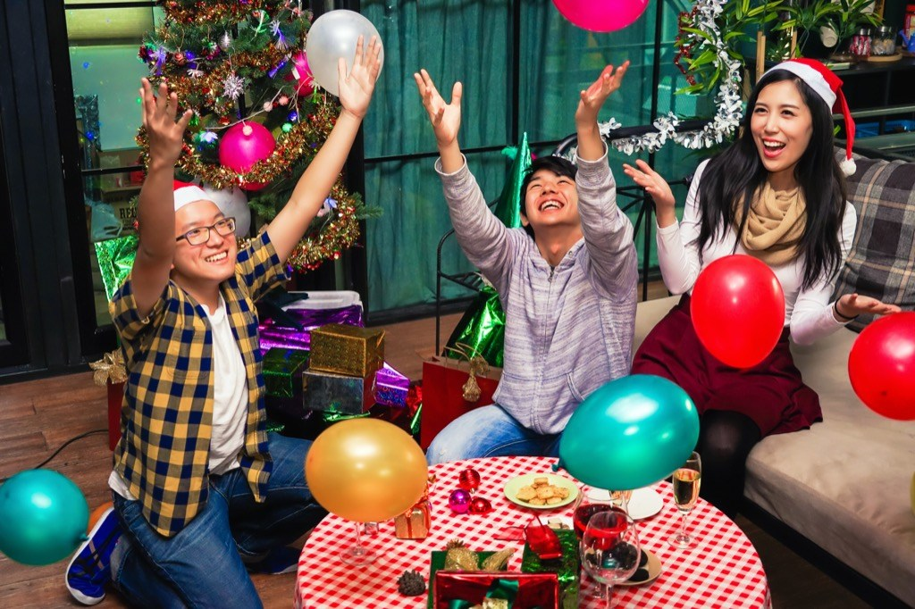 18 Fun Filled Family Christmas Games