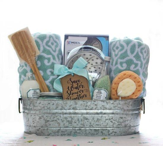 Creative Gift Ideas For Wedding: Christmas Gift Basket Theme Ideas