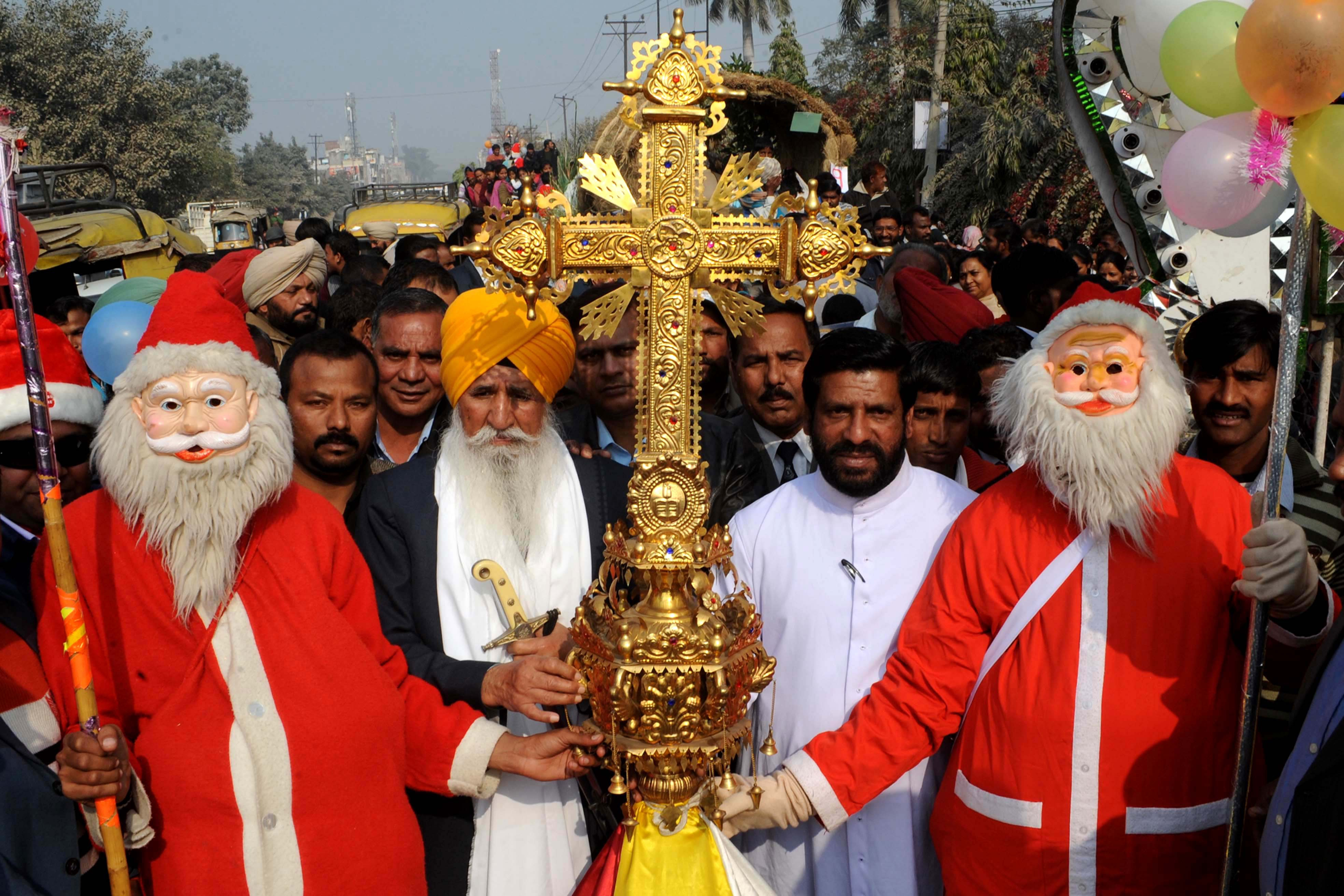 Christmas Festival In India.Christmas Traditions In India Christmas Celebration All