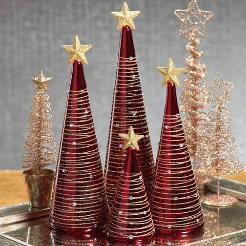 17 Best Christmas Tree Decoration Ideas With Red And Gold