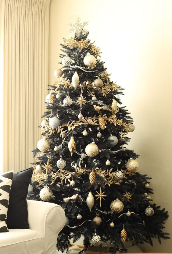 Best Black Christmas Tree Ideas in Christmas 2019 ...