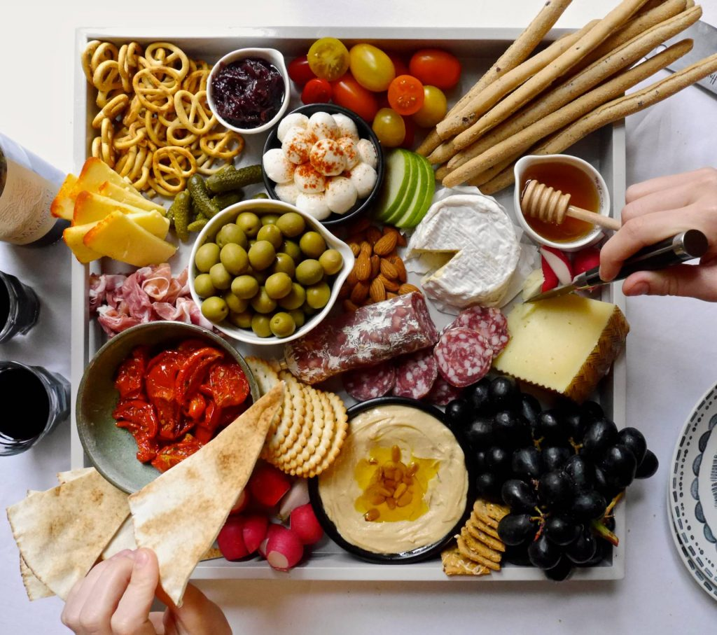 ULTIMATE CHRISTMAS CHEESE BOARD: