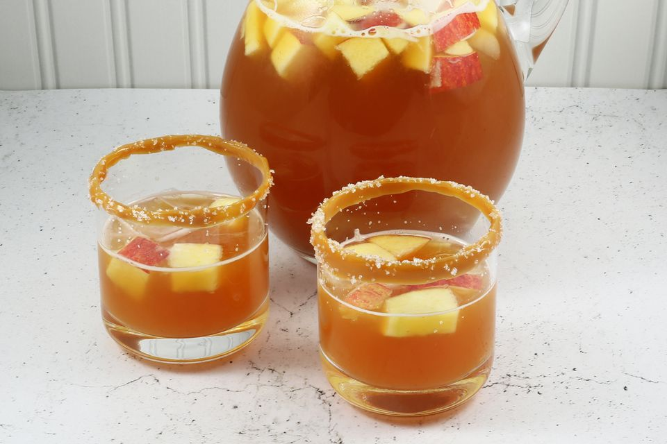 CARAMEL APPLE PUNCH:
