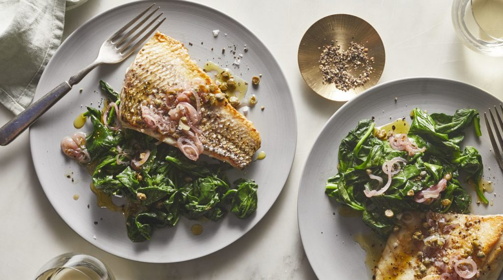 STRIPED BASS WITH TOASTED SHALLOT VINAIGRETTE AND SPINACH: