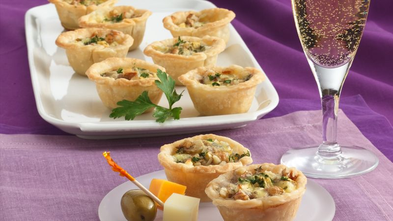 APPLE NUT BLUE CHEESE TARTLETS: