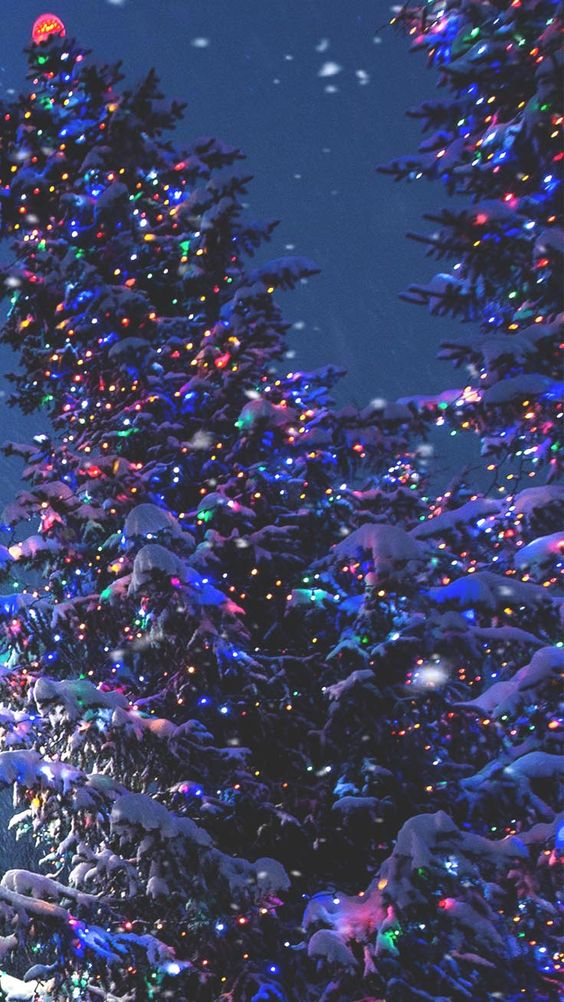Aesthetic Christmas Wallpaper
