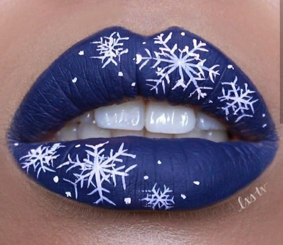 Creative Lip Makeup Ideas for Christmas Party