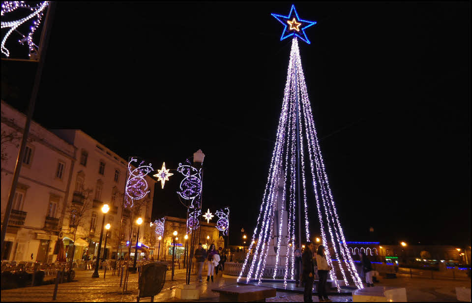 Christmas In Portugal 2019.25 Best Places To Spend Christmas Tour In Europe Christmas